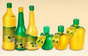 Лимонный сок в бутылке