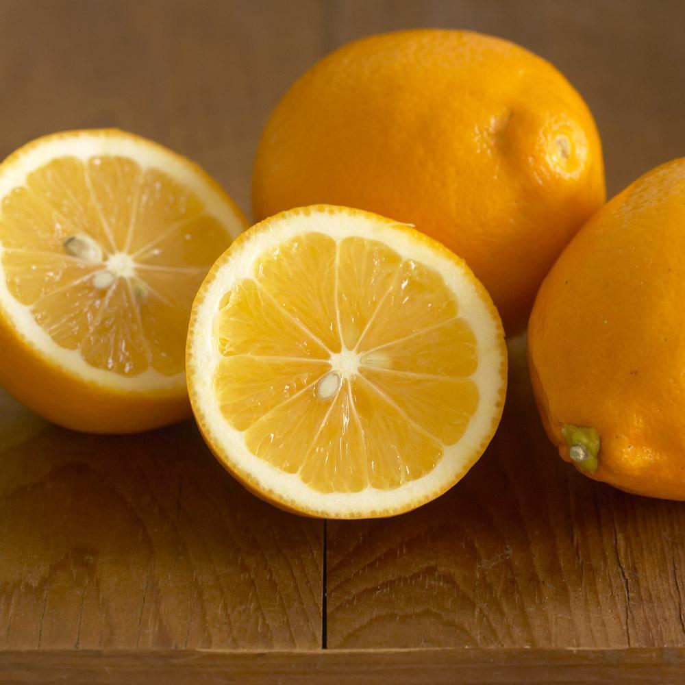 Лимон Мейера в нарезке